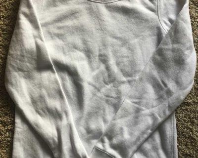 Tek Gear brand women small white crew neck sweatshirt in a longer style