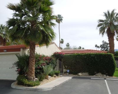 NEW LISTING!! Villa in Indian Canyon - South Palm Springs - Palm Springs
