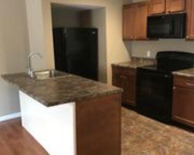 615 S Walnut St #A, Springfield, IL 62704 2 Bedroom Apartment