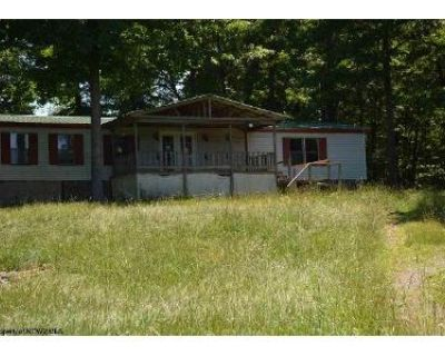 3 Bed 2 Bath Foreclosure Property in Morgantown, WV 26508 - Pond Rd