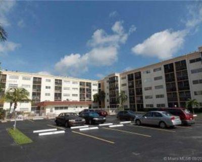 220 Sw 9th Ave #316, Hallandale Beach, FL 33009 2 Bedroom Condo