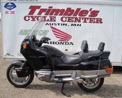 1994 Honda PC800 Street Motorcycle Austin, MN