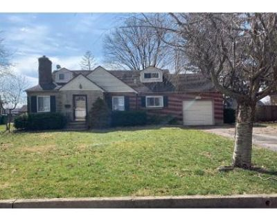 3 Bed 2 Bath Preforeclosure Property in Dayton, OH 45429 - Oakview Dr