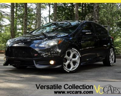 2014 Ford Focus ST HB Tech Navigation Leather Heated Seats Sunroof