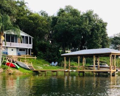 LAKEFRONT - kayak, fish, paddleboard, canoe, HOT TUB -near Orlando - Montverde