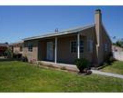 701 W School Street, Compton, CA 90220