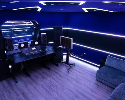 Los Angeles Futuristic Recording Studio, Los angeles, CA