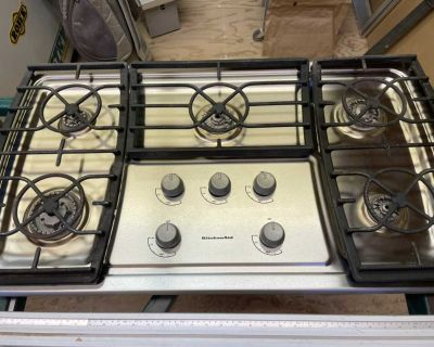 Kitchen Aid gas cook top 37.5