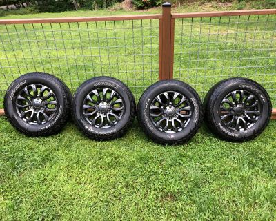 """North Carolina - 17"""" Magnetic Wheels with Factory Hankook's"""