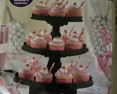 Tree Stand for cup cakes