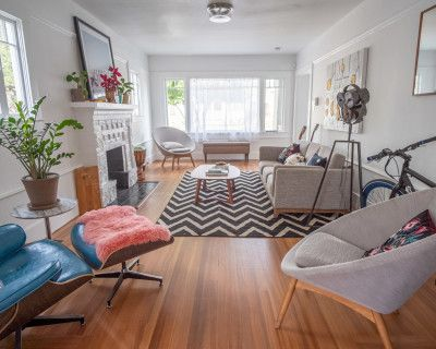 Mid Century Craftsman with original art (permitted for advertising), Oakland, CA