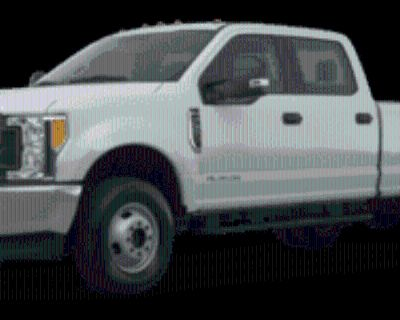2019 Ford Super Duty F-450 Lariat 4WD Crew Cab 8' Box