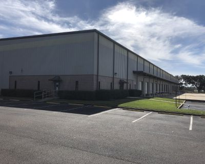 Bulk Distribution Warehouse For Lease