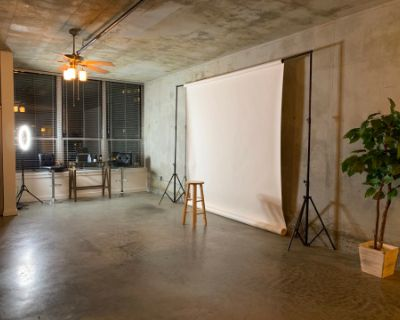 West Midtown Areion Loft Studio, Atlanta, GA