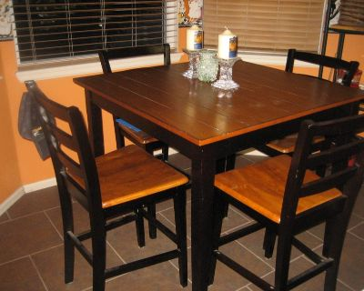 Tall Kitchen table with chairs