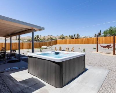 This house is a 3 bedroom(s), 2 bathrooms, located in Yucca Valley, CA. - Yucca Valley