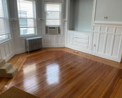Pet-Friendly Apartment with Large Common Areas