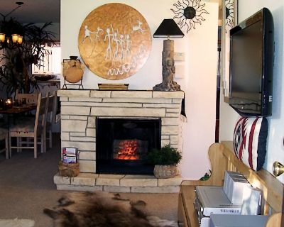DISCOUNTED TO $65/night - FEBRUARY $1,885- ALL UTILITIES, Wi-Fi, CABLE PROVIDED - Mesa