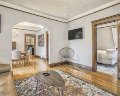 1315 W Colorado Ave #1, Colorado Springs, CO 80904 4 Bedroom Apartment