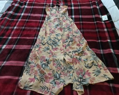 Women s Size S H&M DIVIDED