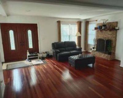 Meadow Ln #1, West Falls Church, VA 22042 1 Bedroom Apartment