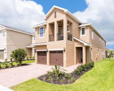 Florida Ridge Villa, Sleeps 10 with Pool and Air Con - Four Corners