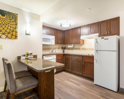 Staybridge Suites Chesapeake, an IHG Hotel - Chesapeake