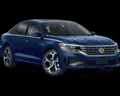 New 2022 Volkswagen Passat 2.0T R-Line With Navigation