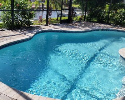 Cape Coral/Yacht Club/Salt Water Pool/Free-Wifi/HDTV/Direct River Access - Yacht Club