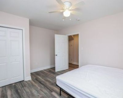 Meridian Ave & Roanoke Ave, Colonial Heights, VA 23834 Room