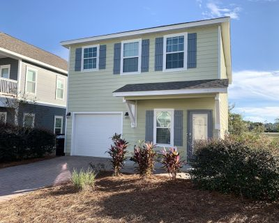 Most Family-Friendly Rental House near 30A w. Pool, Free Bikes, & Nearby Dining - Inlet Beach
