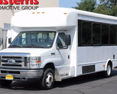 2014 Ford Econoline Commercial Cutaway E-450
