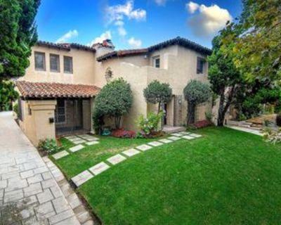 345 N Orange Dr, Los Angeles, CA 90036 4 Bedroom Apartment