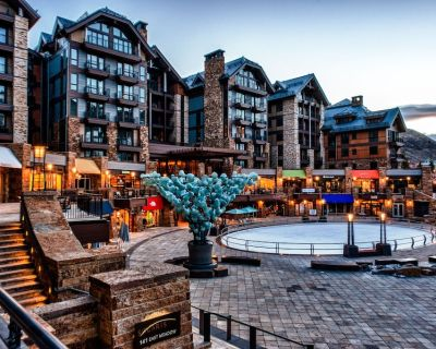 Luxury 3 bedroom condo, steps to gondola, epicenter of Vail, pool, hot tub, spa - Vail