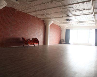 Brick Walls & Rustic Wood Floors in the Heart of DTLA, Los Angeles, CA