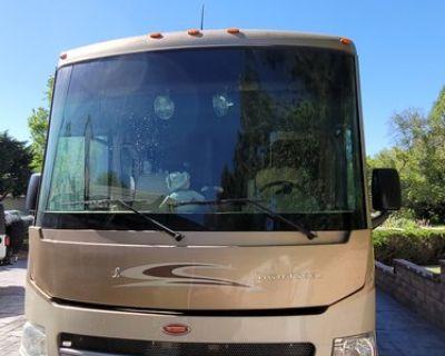 2012 Winnebago Sightseer 35J