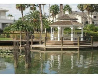Sea World Townhome 2.5 Miles from Universal Studios - Park Central