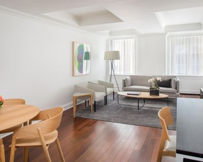 AKA Residences Newly Renovated Suite w/ Kitchen & WiFi - Access to Gym & Pool - Sutton Place
