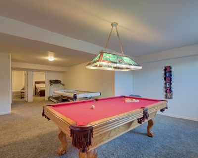 *PET FRIENDLY mins to Garden of Gods +Pool Table!* - West Colorado Springs