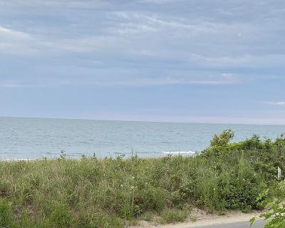 Beachfront Property - Waveland