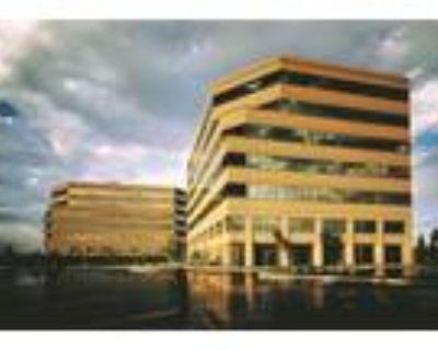 San Mateo, Get 90sqft of private office space plus 540sqft