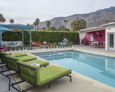 4 Bedroom 3 Bath Home/large Back Yard & Mountain Views - Racquet Club Estates