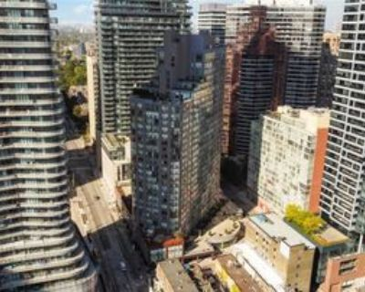 24 Wellesley Street West #2200, Toronto, ON M4Y 2X6 2 Bedroom Condo
