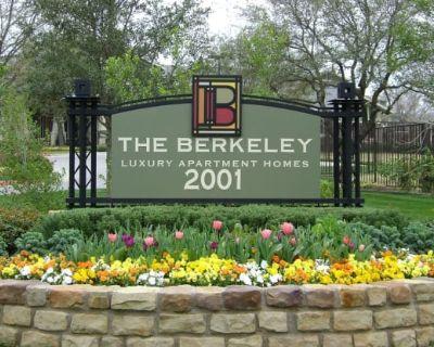 The Berkeley Luxury Apartment Homes