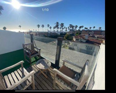 Private room with own bathroom - Redondo Beach , CA 90277