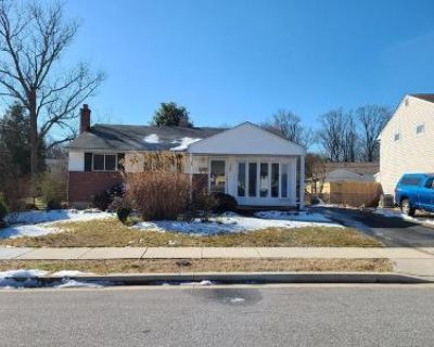 4 Bed 2 Bath Foreclosure Property in Glen Burnie, MD 21061 - Crest Ave
