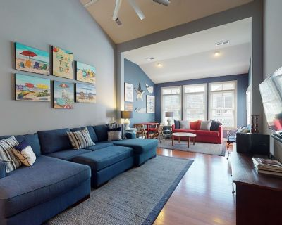 Bayside Resort townhouse w/ games, basketball court, shared sauna, gas grill - The Commons