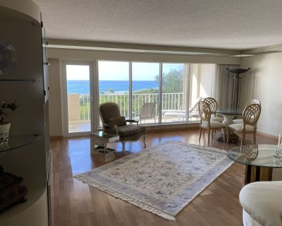 Beautiful Ocean-Front Condo in Luxurious Complex with Private Beach and Lexus - Boca Raton