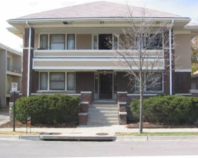 1 month Studio Apartment sublease in winter break in South Plaza KC