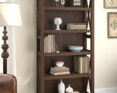 Bookshelf with cottage-style design